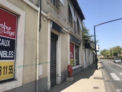 COMMERCIAL NIMES - 170 m2